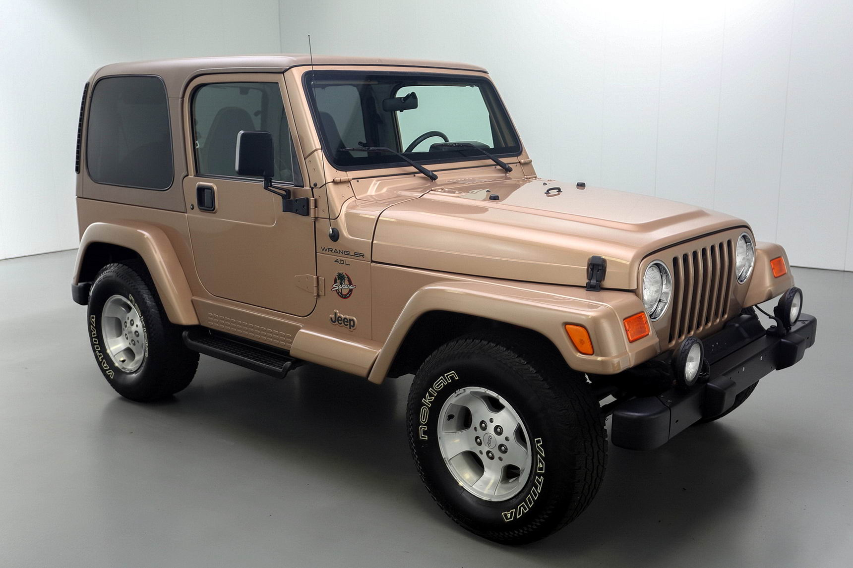 2000 jeep wrangler sahara 4 4 brutal motors. Black Bedroom Furniture Sets. Home Design Ideas